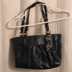Leather navy Coach bag